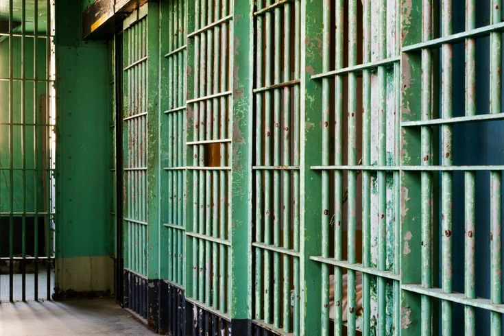 Na maior fuga da história do RN, 91 presos escapam de cadeia  Os detentos utilizaram um túnel para fugir da Penitenciária Estadual de Parnamirim (PEP), na região metropolitana de Natal