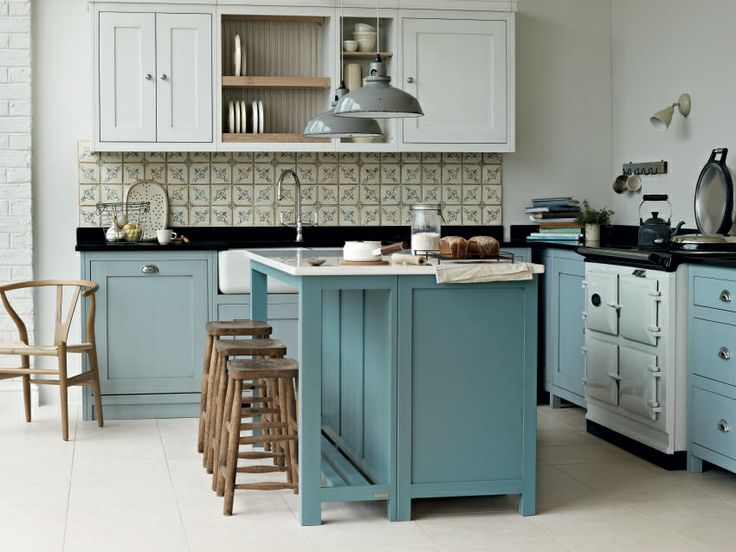 Fired Earth Vermont Kitchen http://www.firedearth.com/kitchens/vermont-freestanding