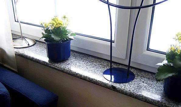 Hilfreiche und dekorative #Granit #Fensterbänke, geben einem leeren Raum den ersten Schmuck.   http://www.granit-deutschland.net/granit-fensterbanke