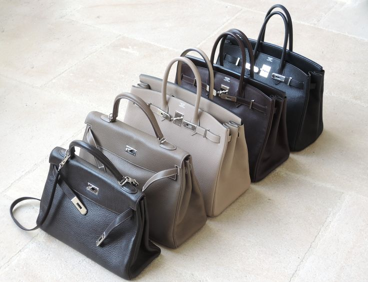 From left to right: Kelly 32 in ebene Clemence, Kelly 35 in etoupe Clemence, Birkin 35 in Gris-T Togo, Birkin 35 in ebene Evergrain and Birkin 35 in black Togo