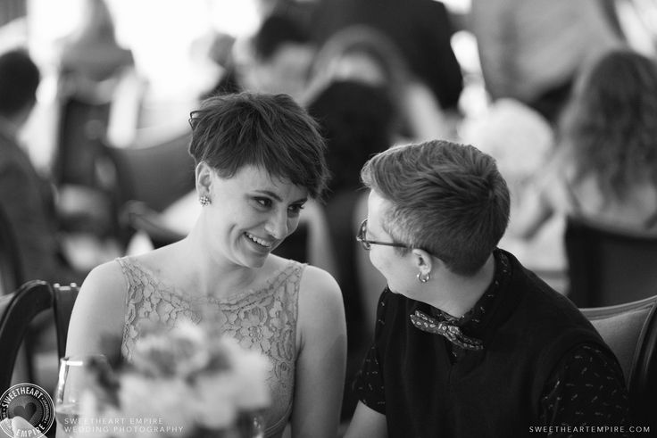 Wedding guests at the Oakville Golf Club. Oakville wedding photographer #sweetheartempirephotography