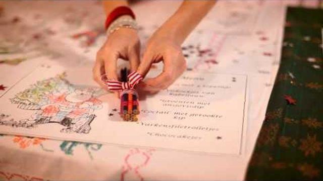 En een kindvriendelijke kersttafel dekken voor tijdens het kerstdiner, dat leer je in deze video. Wel zo veilig! #kerst #kerstmis #kerstdecoratie
