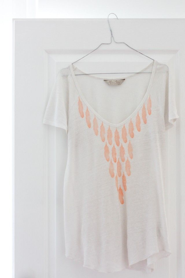 Yes! Stamping on shirt, cool! #diy #stamp #versacraft #inkpad #screenprint #print #tshirt