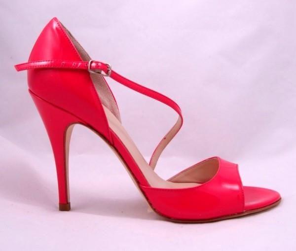 Сколько стоит обувь для аргентинского танго