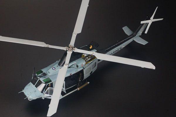 1/48 UH-1Y ヴェノム 米海兵隊汎用ヘリコプター プラモデル[キティホークモデル]《取り寄せ※暫定》