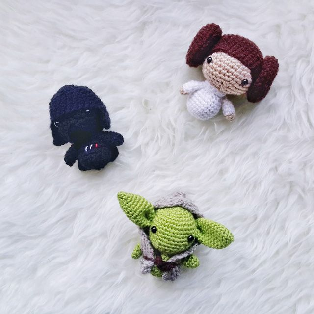 Stormtrooper - StarWars Mini Amigurumi Crochê - Como Fazer Croche ... | 640x640