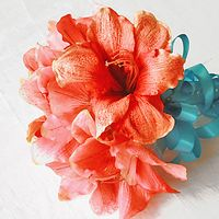 Flowers & Decor, Bridesmaids, Bridesmaids Dresses, Fashion, Bride Bouquets, Bridesmaid Bouquets, Flowers, Bouquet, Brides, Coral, Amaryllis, Wedideascom, Flower Wedding Dresses
