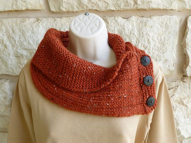 Free Knitting Patterns For Cowl Collars : 339 best images about Knit and Crochet Projects on Pinterest Circle scarf, ...
