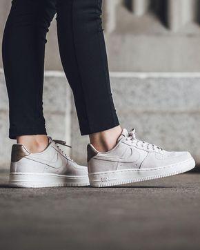 cool Tendance Basket 2017 - Tendance Chausseurs Femme 2017 Instagram photo by Titolo Sneaker Boutique May 9 ... Check more at https://listspirit.com/tendance-basket-2017-tendance-chausseurs-femme-2017-instagram-photo-by-titolo-sneaker-boutique-may-9/
