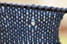 Comment réparer une maille de tricot trop lâche.. tuto en video ++