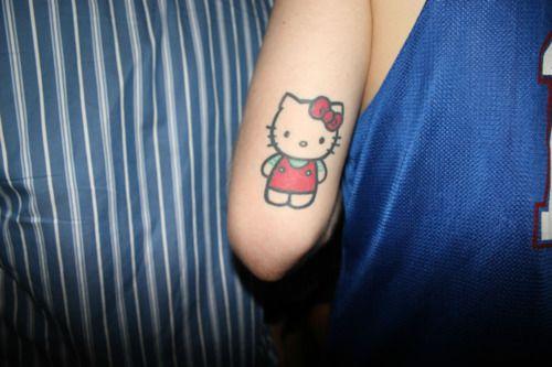 Hello Kitty Tattoo – The Classic