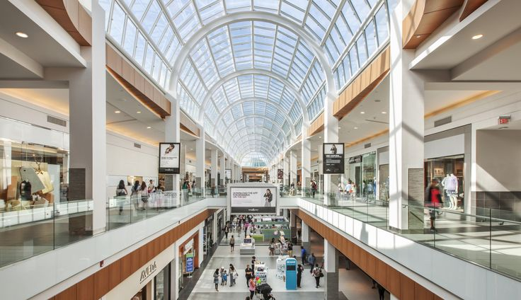 Simon Property Group Fights to Reinvent the Shopping Mall