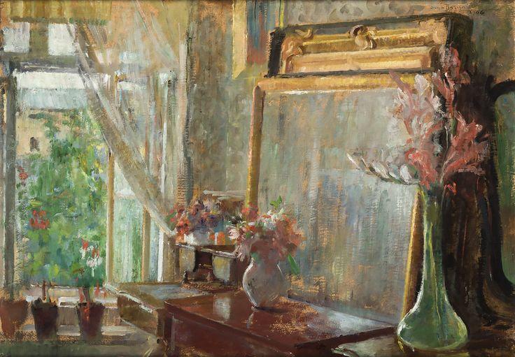 WNĘTRZE PRACOWNI ARTYSTKI W KRAKOWIE (1906) by Olga Boznańska | Impressionism | Oil on cardboard | 50,5 x 73 cm | Kraków National Museum, Poland