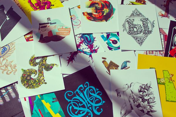 Typography by Awesome letter on the T-shirt. More on http://lookslikegooddesign.com/typography-awesome-letter/
