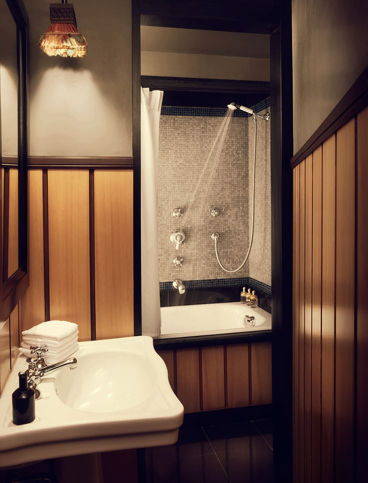 find charm and boutique hotels worldwide - Beaded Inset Hotel Decoration