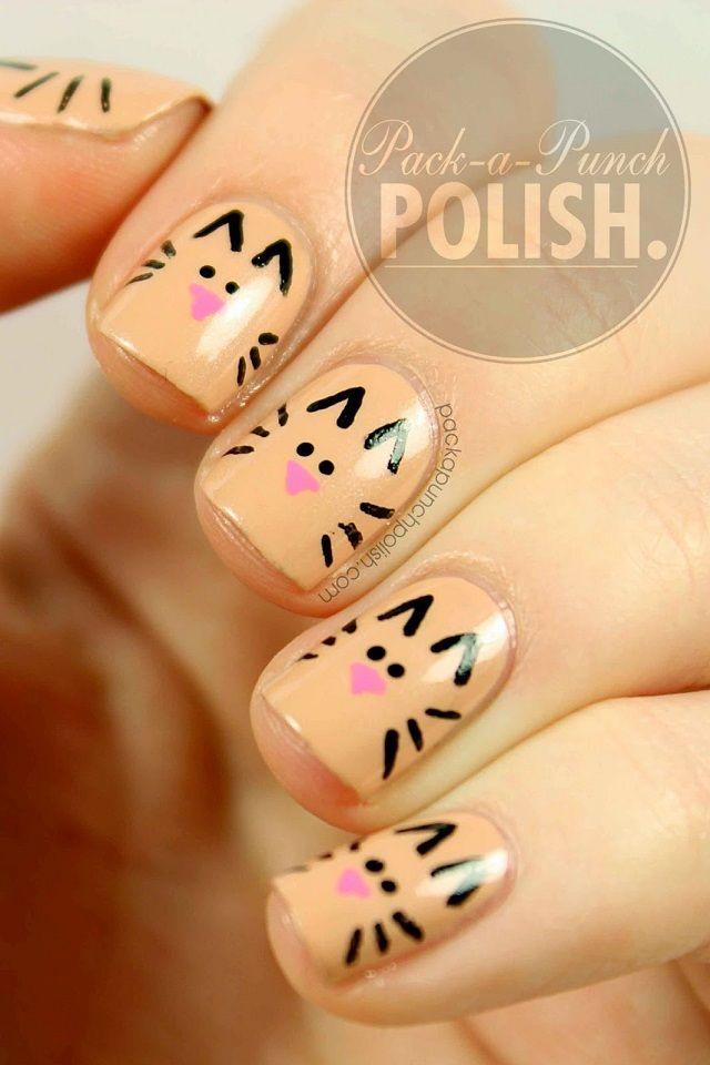Uñas decoradas con gatos color salmon - Cats nails design
