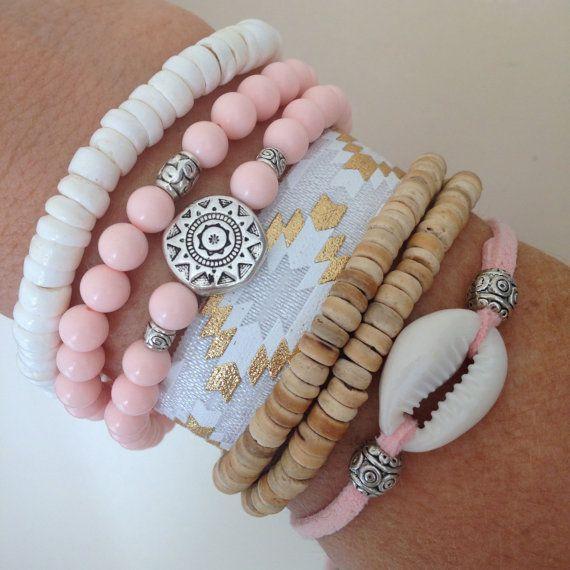 cowrie shell bracelet, beachcomber bracelet, beach boho bracelet  faux suede with a beautiful cowrie shell and silver tibetan beads. choose