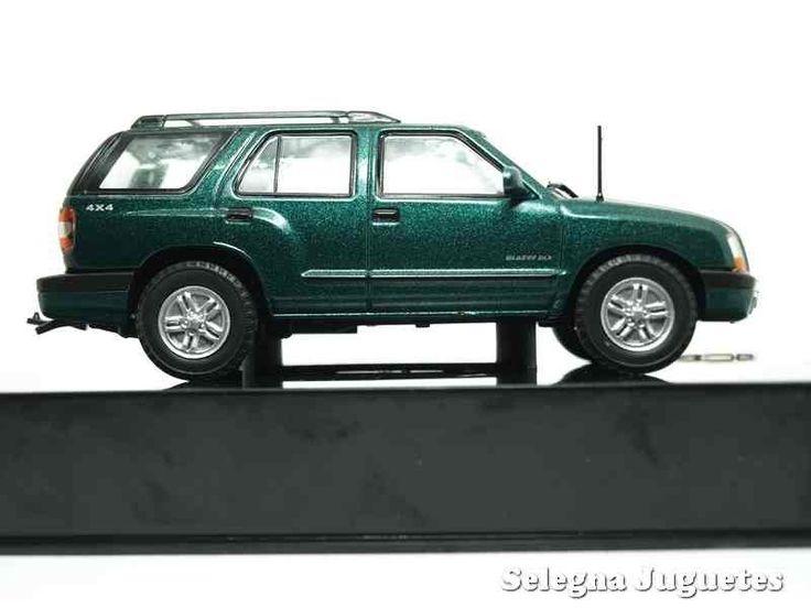 Coche a escala Chevrolet Blazer 2nd Generation 2002