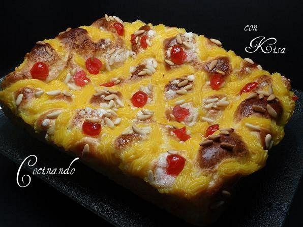 Cocinando con Kisa: Coca San Joan con Piñones y fruta confitada (thermomix y horno tradicional)
