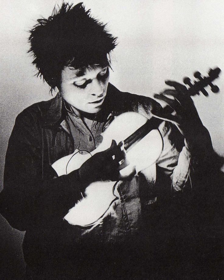 Laurie Anderson is 67 years old today. Anderson is an experimental performance artist, composer and musician who plays violin and keyboards and sings in a variety of experimental music and art rock styles. Initially trained as a sculptor, Anderson did her first performance-art piece in the late 1960s. Throughout the 1970s, she did a variety of different...