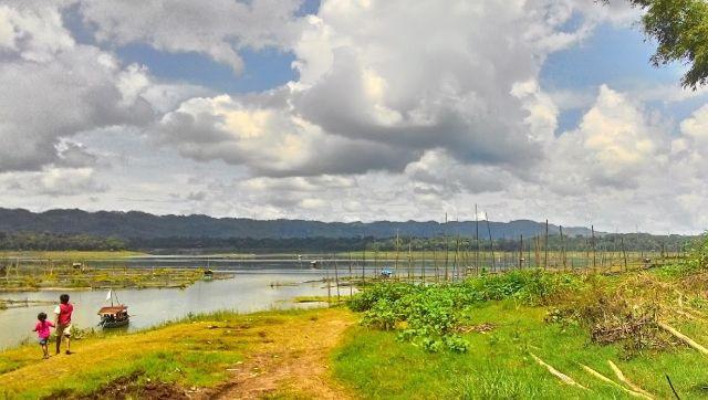 Malang punya surga bagi penggemar wisata pancing, arena yang pas untuk aktivitas melempar kail ada di Kecopokan, sebuah wilayah di muara Sungai Brantas di sebelum ke Bendungan Karangkates.