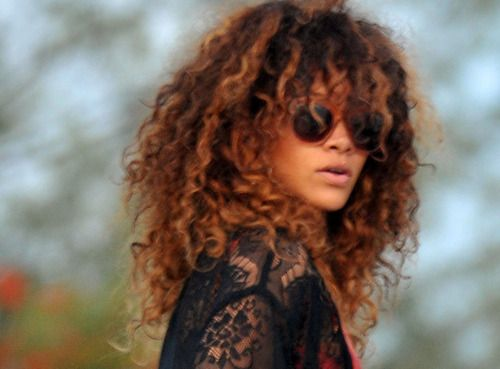 Curly Hair Styles With A Fringe : Best 25 rihanna curly hair ideas on pinterest riri