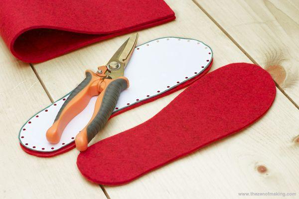 Felt Soles for Crocheted Slippers  ❥ 4U // hf http://www.pinterest.com/hilariafina/