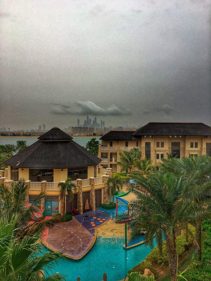 Sateinen Dubai on harvinainen näky, mutta tällä kertaa sekin tuli tutuksi