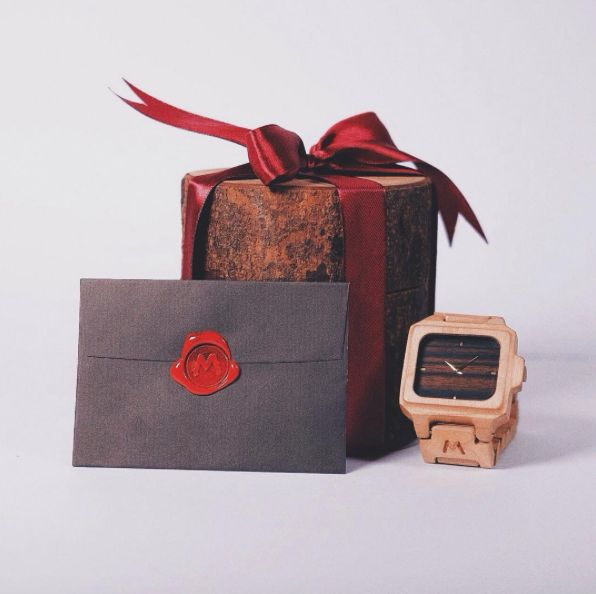 Matoa wooden watch. A gift full of gifts.