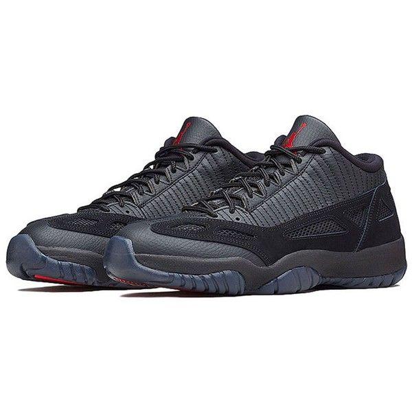 Un coloris quasiment inédit de la Air Jordan 11 Low sort ce mois-ci. Les  rumeurs concernant la possible réédition du coloris original noir et rouge  de la ...