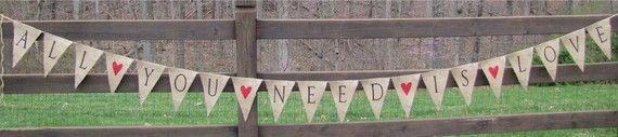 Todo lo que necesitas es amor...Banner de arpillera brillaba con tatuajes
