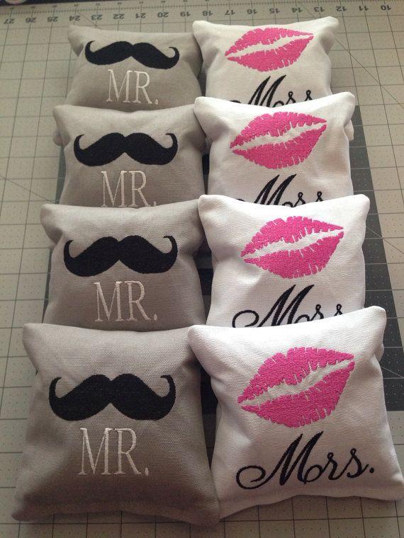 8 CORNHOLE BAGS Custom Embroidered: Mr & Mrs