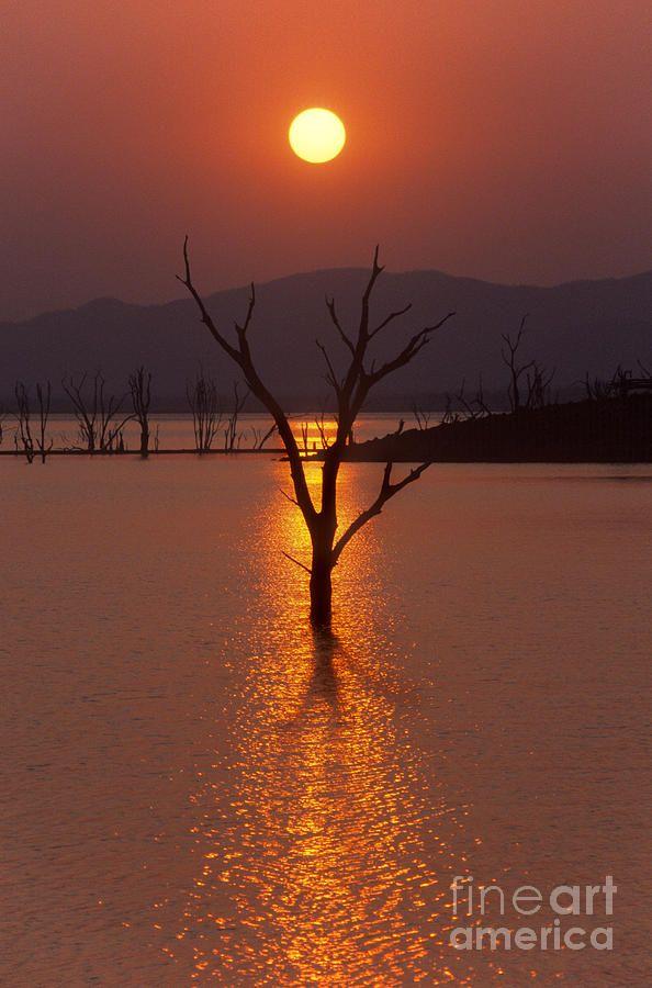 ✯ Lake Kariba - Zimbabwe