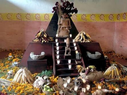 Resultado de imagen para altar de muertos prehispanico