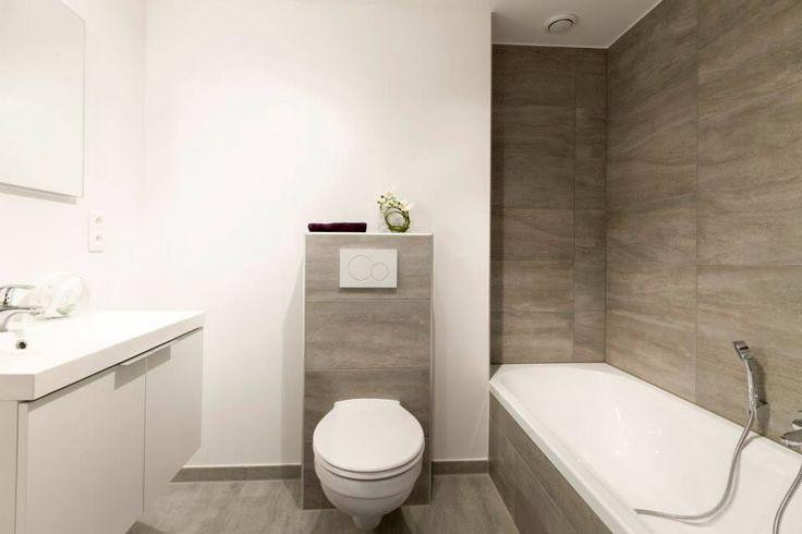 Badkamer badkamertegels taupe inspirerende foto 39 s en idee n van het interieur en woondecoratie - Badkamer beige en bruin ...