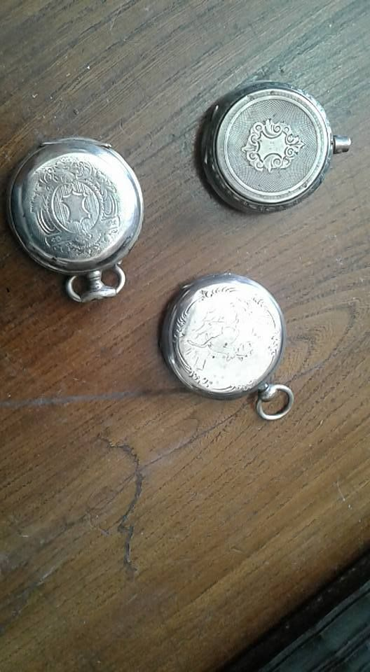 Lotto di 3  casse di orologi di tasca,in argento  per pezzi per restauri