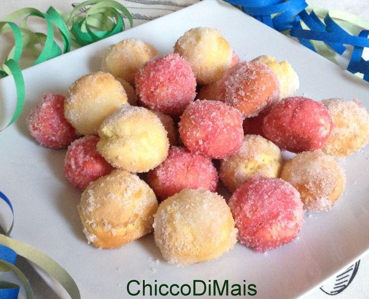 Castagnole al forno bagnate al liquore ricetta di Carnevale il chicco di mais http://blog.giallozafferano.it/ilchiccodimais/castagnole-al-forno-bagnate-al-liquore-ricetta-di-carnevale/