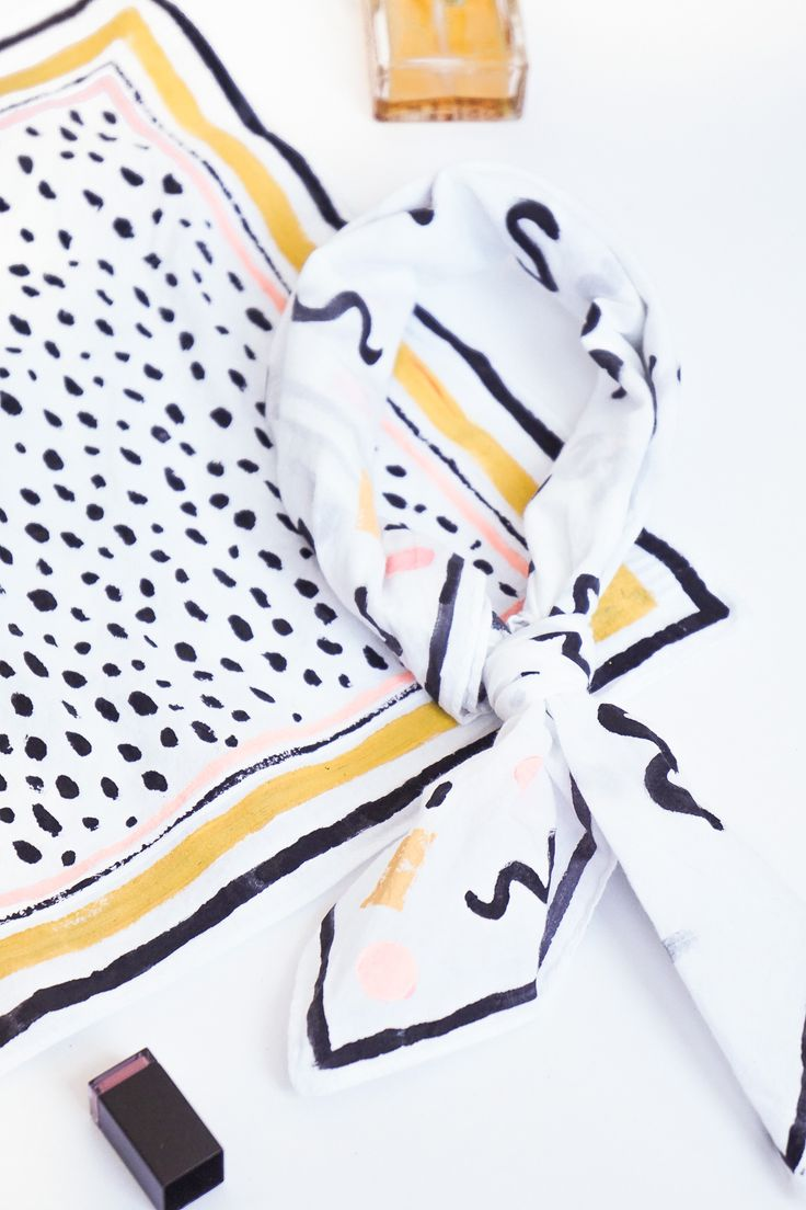 DIY No-Sew Abstract Patterned Neckerchief