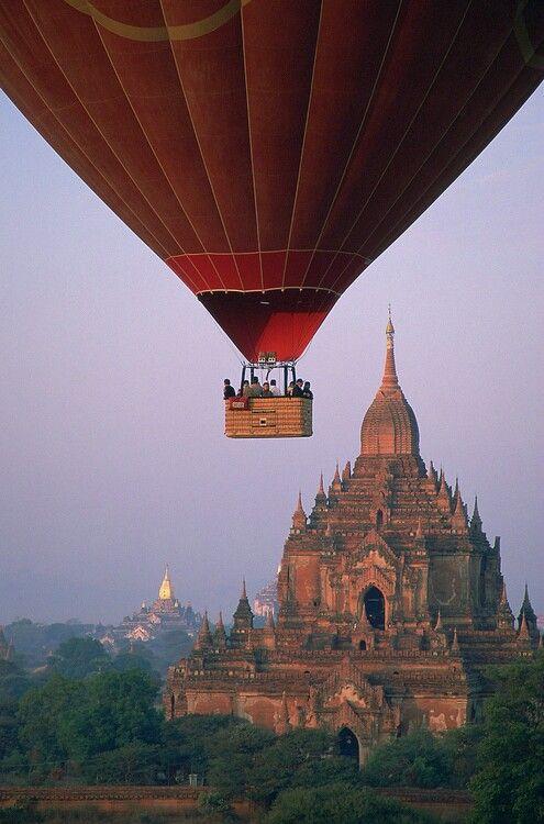 Hot air balloon in Myanmar? Yes, please!