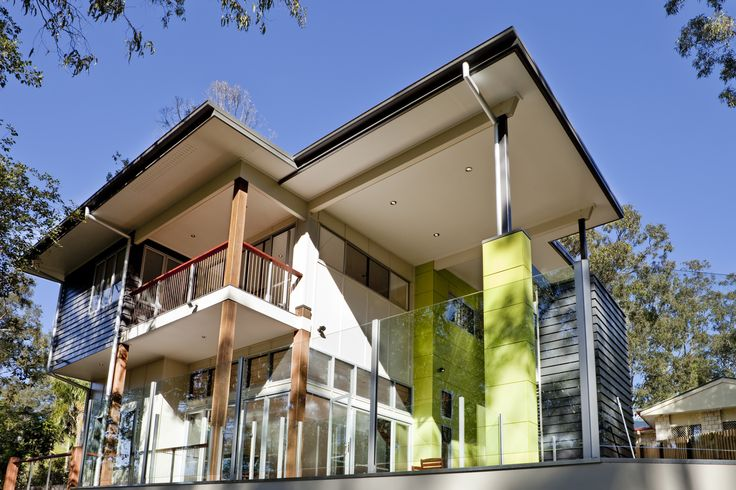The lightweight and sustainable Kirkdale House in Queensland. Very creative use of bright green exterior cladding.