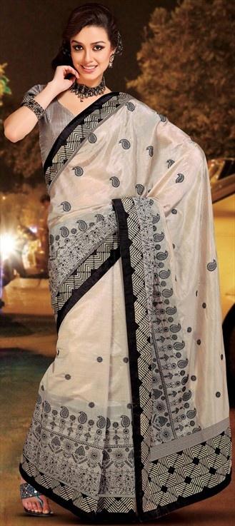 107696:   SPOTTED: Shruti Haasan at music launch of #RamaiyaVastavaiya in #Optical border saree.Similar style in this saree.
