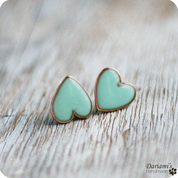 Mint green heart earrings.
