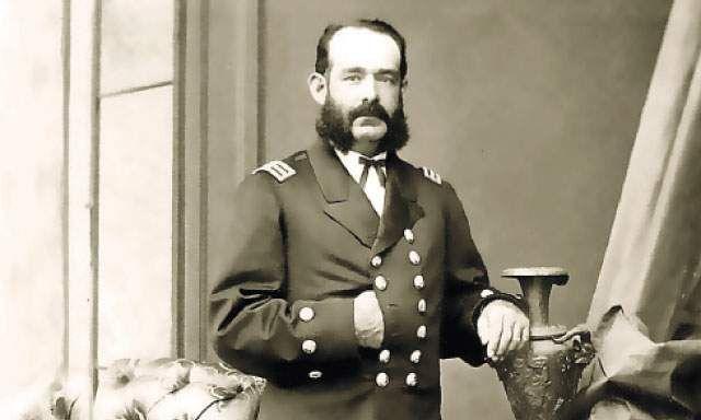 Almirante Miguel Grau Caballero de los Mares