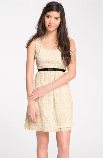 Biege bridesmaid dressBows Belts, Belts Lace, Dresses Vintage, Bridesmaid Dresses, Tanks Dresses, Way In Bows, Lace Tanks, Graduation Dresses, Lace Dresses