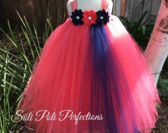 Vestido coral... Muchacha de flor coral... por TrendyBambini