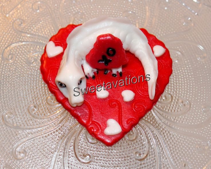 Fondant Valentine's Day Cupcake Topper, Dragon Kiss (Qty 12) - Valentine's Day - Fondant Dragon - Valentine's Party - Birthday by Sweetavations on Etsy
