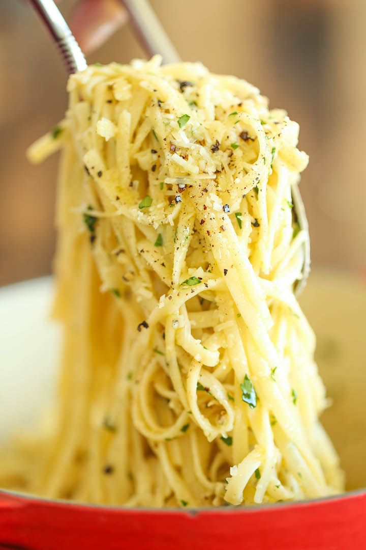 Parmesan Garlic Spaghetti - 5 ingredients. 20 minutes. With melted butter, garlic and freshly grated Parmesan.