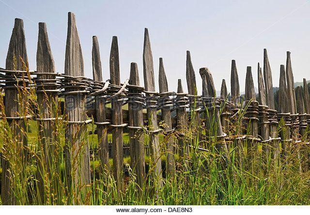 10 Erstaunliche Einzigartige Ideen Dekorative Zaun Metall Grun Zaun Holz Ticket Fen In 2020 Zaune Holz Zaune Metall Moderner Zaun