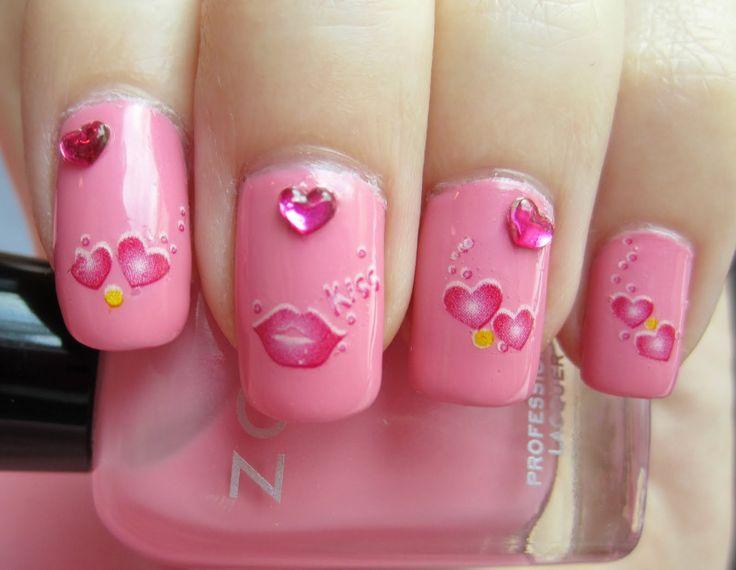 uñas decoradas con Barbie