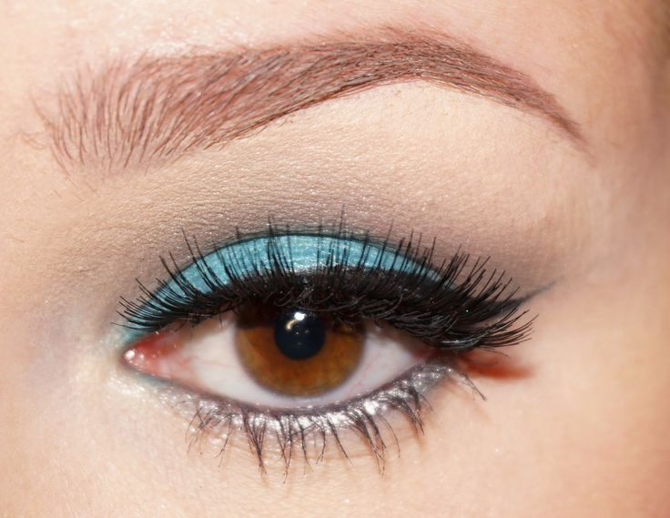 Blue Beauty  #Makeup #Makeupideas #Beauty #Makeupbrowneyes #BrownEyes #Eyesbrown #AnastasiaBeverlyHills #ABH #Blue #Brown #Mascara #Eyeliner #MakeupNadine #Nadine #nnnnadinee #Tutorial #Mac #Concealer #Inspiration #Pinterest #Lashes #Tutorial #MakeupTutorial #Love #Beauty #Brows #BrowArtist #MUA #MakeupArtist #Passion #Inspiration